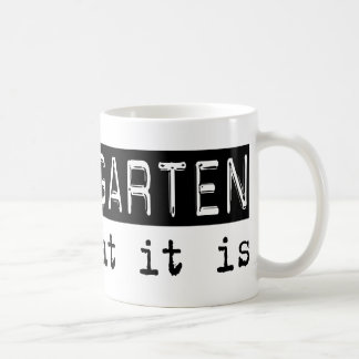 Jardin d'enfants il est mugs à café