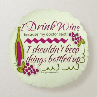 Je bois la citation drôle de vin coussin rond