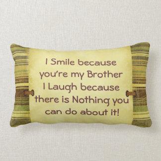 Je souris frère coussin