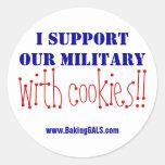 Je soutiens nos militaires avec des biscuits ! ! sticker rond