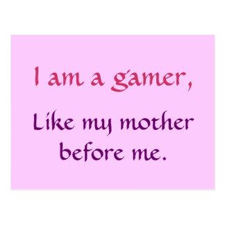 Je suis un gamer, comme ma mère avant moi. (rose) carte postale