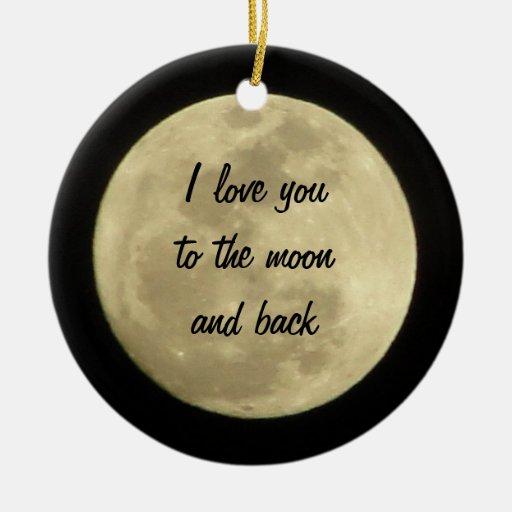 Je t'aime à la lune et à l'ornement arrière