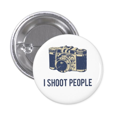 Je tire l'appareil-photo de photographie de person badge