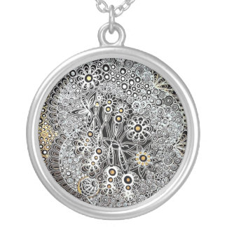 Jennifer Design Large Round Necklace