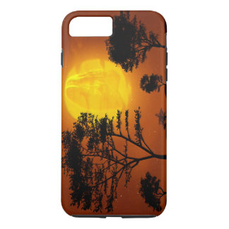 Jesus Christ Looking on Earth from Evening Moon iPhone 7 Plus Case