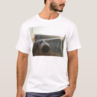 jet engine T-Shirt