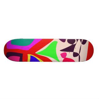 Jeu des enfants skateboard