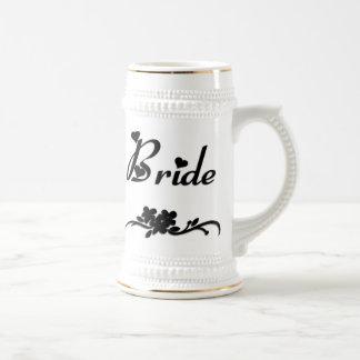 Jeune mariée classique chope à bière