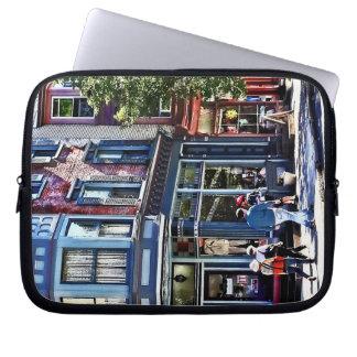 Jim Thorpe Pa - Window Shopping Laptop Sleeve