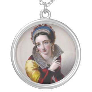 Joan of Navarre Round Necklace