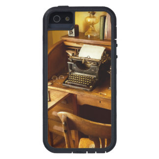 Job - Typist - A person with many interests iPhone 5 Cover