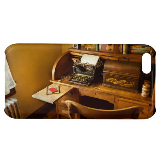 Job - Typist - A person with many interests iPhone 5C Cover
