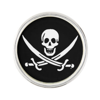 Jolly roger pirate flag lapel pin