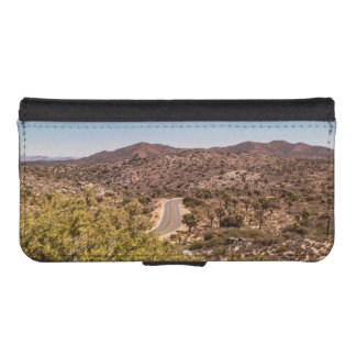 Joshua tree lonely desert road iPhone SE/5/5s wallet case