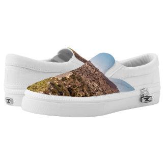 Joshua tree lonely desert road Slip-On sneakers