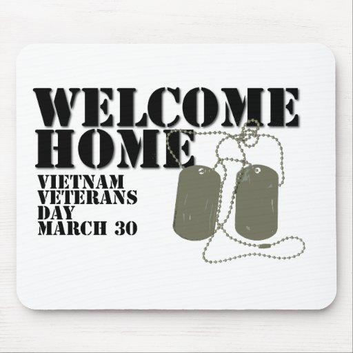 Jour des anciens combattants à la maison bienvenu  tapis de souris