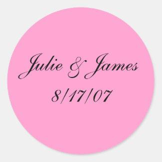 Julie & James8/17/07 Classic Round Sticker