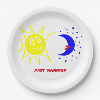 just married 9 inch paper plate