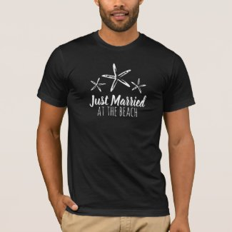 Just Married at the beach men white T-Shirt