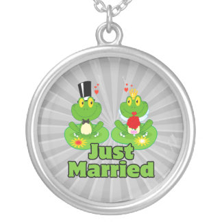 just married bride and groom froggy frogs jewelry
