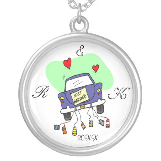 Just Married Car Round Pendant Necklace