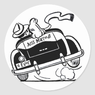 Just Married Couple in Car Classic Round Sticker