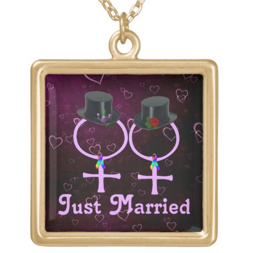 Just Married Formal Lesbian Pendant