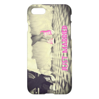 """Just Married"" Funny iPhone 7 Case"