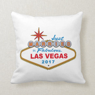 Just Married In Fabulous Las Vegas 2017 (Sign) Throw Pillow
