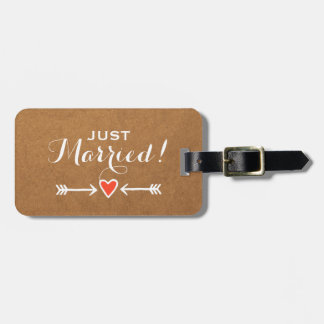 Just Married! - Pink Sweethearts & Arrows White Luggage Tag