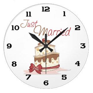 Just Married Wedding Cake Large Clock