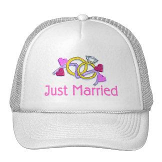 Just Married Wedding Rings Mesh Hats