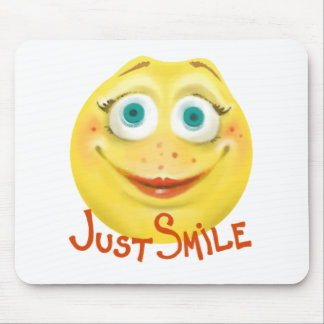 Just Smile :) Mouse Pad