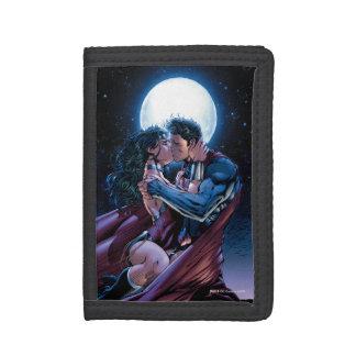Justice League #12 Wonder Woman & Superman Kiss Trifold Wallets