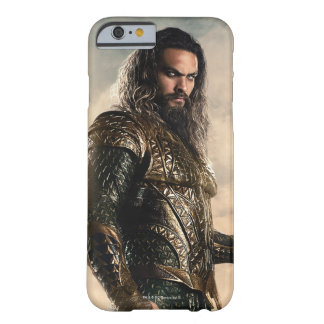 Justice League | Aquaman On Battlefield Barely There iPhone 6 Case