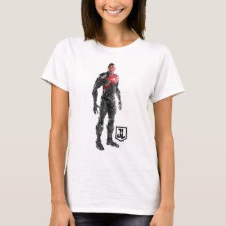 Justice League | Cyborg On Battlefield T-Shirt