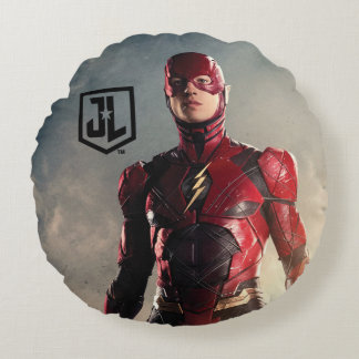 Justice League | The Flash On Battlefield Round Pillow