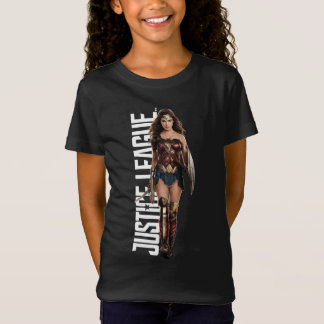 Justice League | Wonder Woman On Battlefield T-Shirt