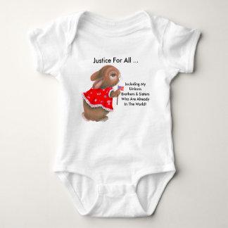 """""""Justice pour toute la"""" plante grimpante infantile T-shirts"""