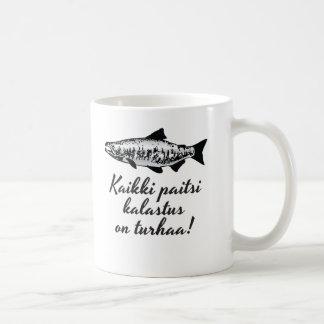 Kaikki paitsi kalastus on turhaa! Kahvimuki Coffee Mug