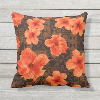 Kalalau Tapa Tropical Hawaiian Hibiscus Outdoor Outdoor Pillow