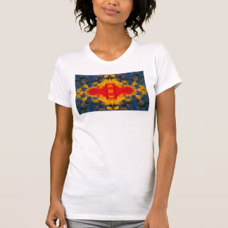 Kaleidoscope Scarlet Macaw feather T-Shirt
