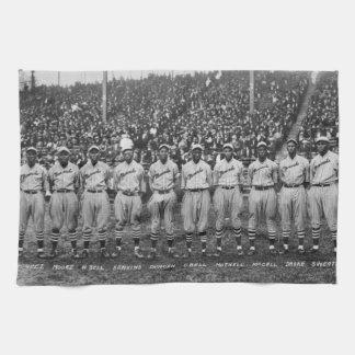 Kansas City Monarchs baseball team, 1924 Towels