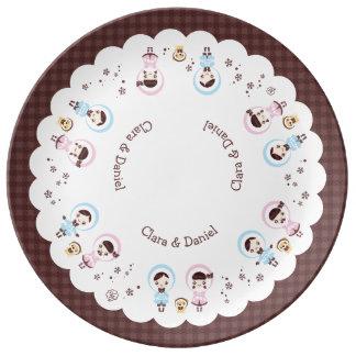 Kawaii Clara (brown) Plate