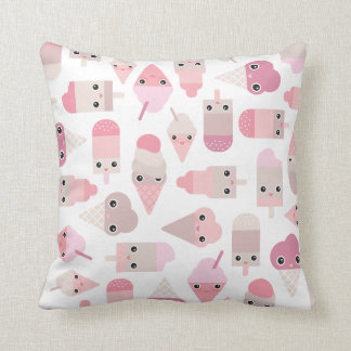 Kawaii love Ice Cream pattern and pink typography Throw Pillow