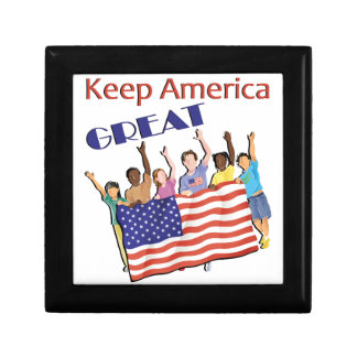 Keep America Great Adult Parade Gift Box