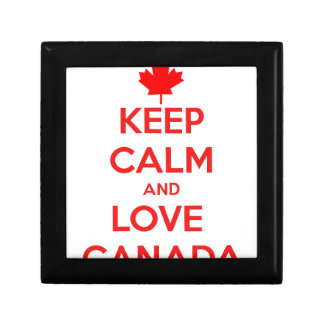KEEP CALM AND LOVE CANADA GIFT BOX