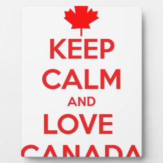 KEEP CALM AND LOVE CANADA PLAQUE