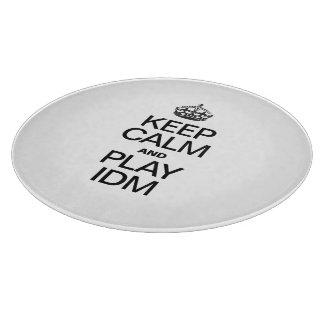 KEEP CALM AND PLAY IDM CUTTING BOARD