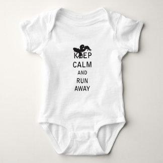 Keep Calm and Run Away - Zombie Tshirt